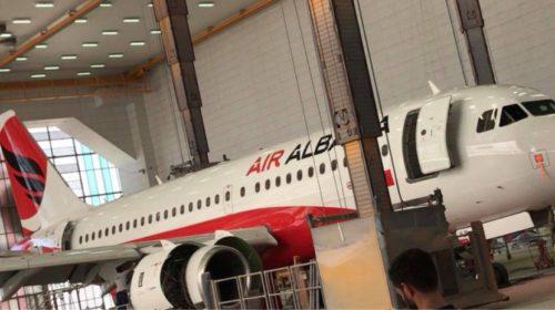 """FOTO/ Shfaqet imazhi i parë i avionit të kompanisë """"Air Albania"""", vetë kryeministri është """"kumbar"""" i saj…"""