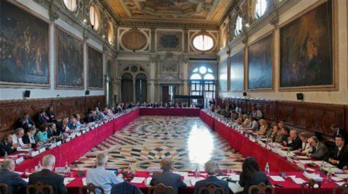 Komisionin i Venecias rrëzon ligjin Anti- Shpifje të qeverisë, ja cilat janë pikat e errëta që duhen ndryshuar…