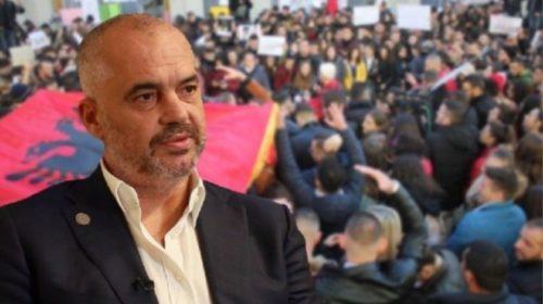 FOTOLAJM/ Kryeministri Rama nuk do të jetë në Tiranë me 16 mars, si në protestat e tjera të opozitës ai do të shmanget…