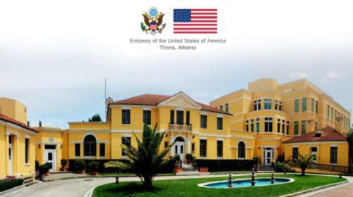 """FOTO – """"Të gjithë personat u arrestuan brenda 17 minutave"""", Ambasada Amerikane jep detaje për """"Shqiponja e Kristaltë"""""""