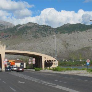 KUJDES – Shqipëria ka hapur kufijtë e saj por si veprojnë vendet e tjera me shtetasit tanë, Policia jep detajet…