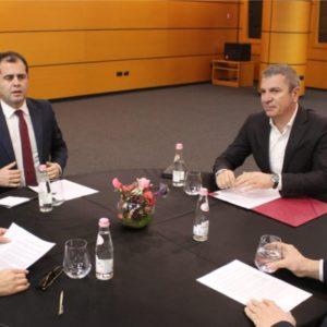 """""""Asnjë konsensus mes palëve"""", përfundon mbledhja e Këshillit Politik për Reformën Zgjedhore…"""