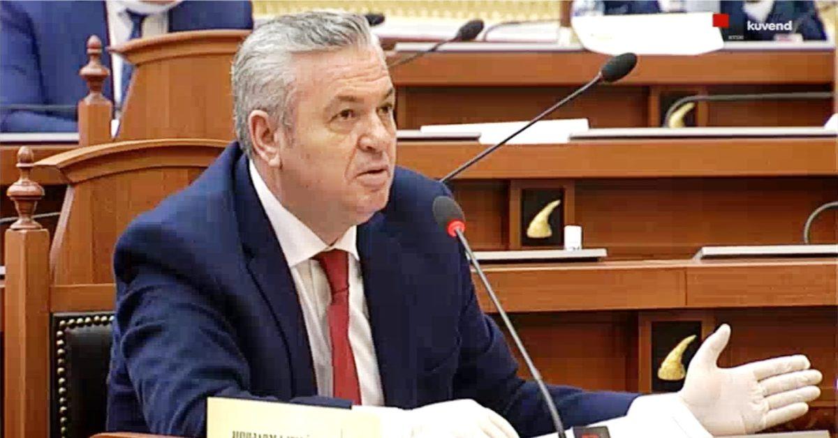 """""""Kur të ngrìhén shqiptarët, '97-ta do ju duket mjaltë"""", Myslim Murrizi- qeverisë: Do harroni të merrni brékë e kánótiere me vete"""