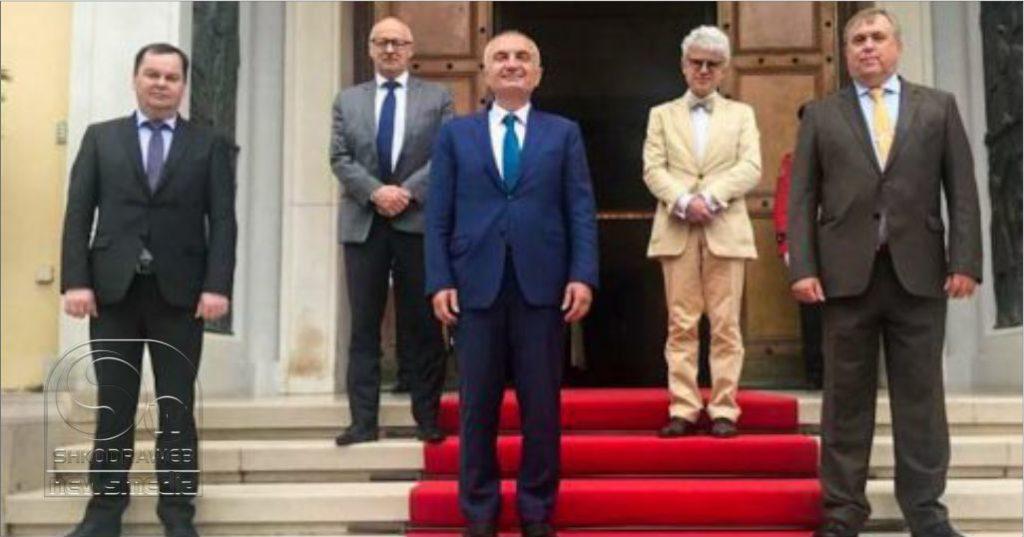 """""""Provokimet dhe acárimi i klimës politike s'i shërbejnë integrimit"""", çfarë diskutoi Meta me ambasadorët e BE-së"""