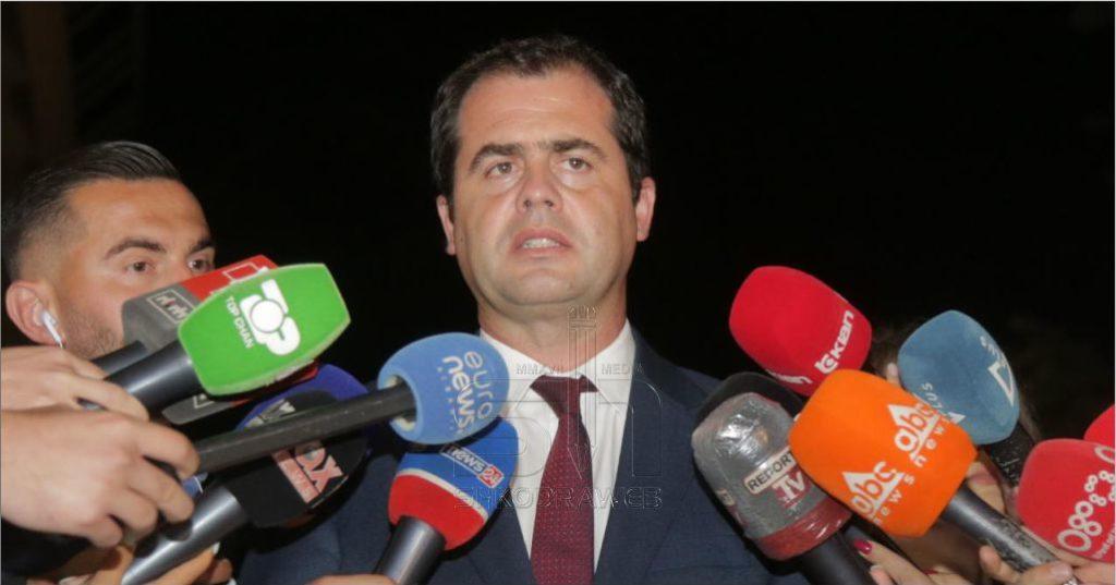"""""""PS nuk hiqte dorë, të garantohet 100% identifikimi biometrik"""", Bylykbashi iPD-së : Ishim gati për konsenus…"""