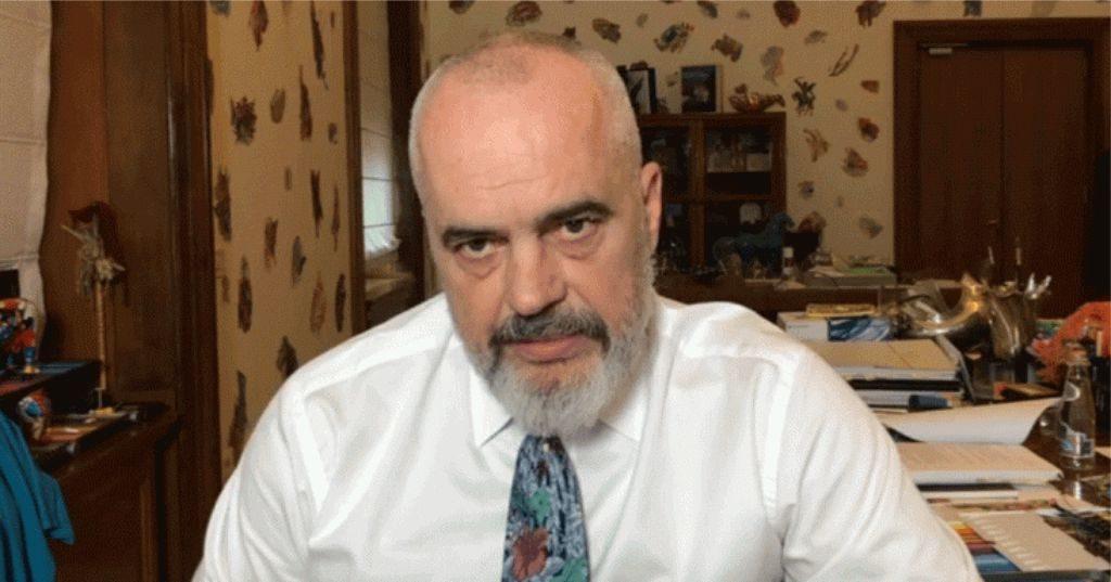 """VIDEO – """"Shihet qartë dallimi i dy botëve që u përplasën"""", Rama nuk shpreh asnjë """"pendesë"""" për Teatrin Kombëtar…"""