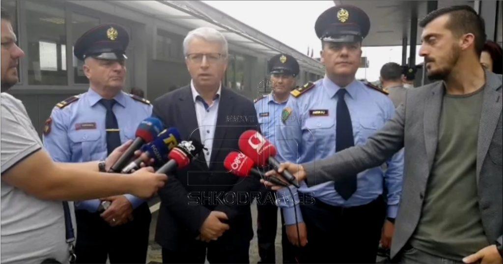 """VIDEO – """"Gjest i ulët, do marrim masa më të forta"""", ministri Lleshaj nga Shkodra flet për shefin e Policisë së Fushë- Arrëzit"""